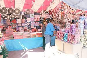 528d4c9df14 Bajas ventas de artículos navideños - La Prensa - Reynosa