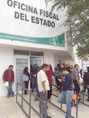 Amigos de tamaulipas reynosenses van a oficina fiscal de for Oficina del contribuyente